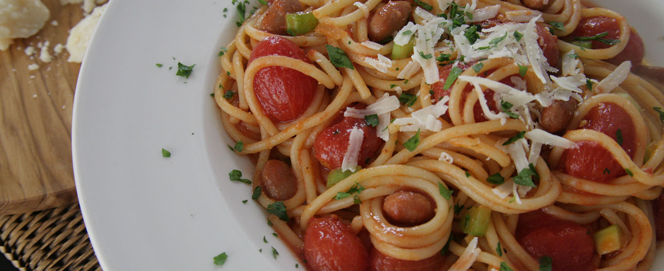 Spaghetti with Datterini Tomatoes and Borlotti Beans